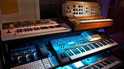 rs-keyboard-rack-980x550