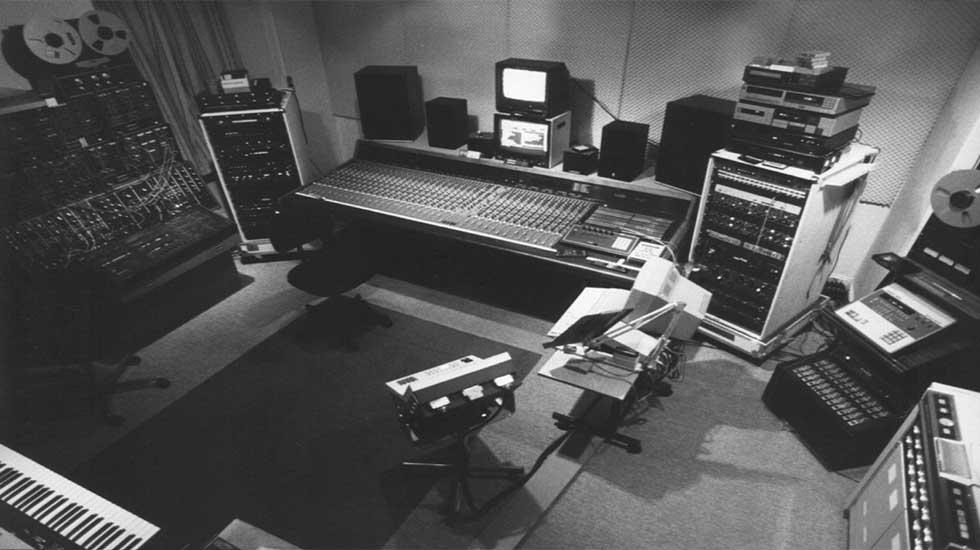 rs-studio-v6-clean-980x550