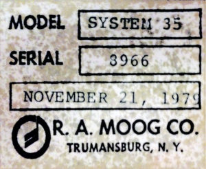 studio-gear-moog35-label